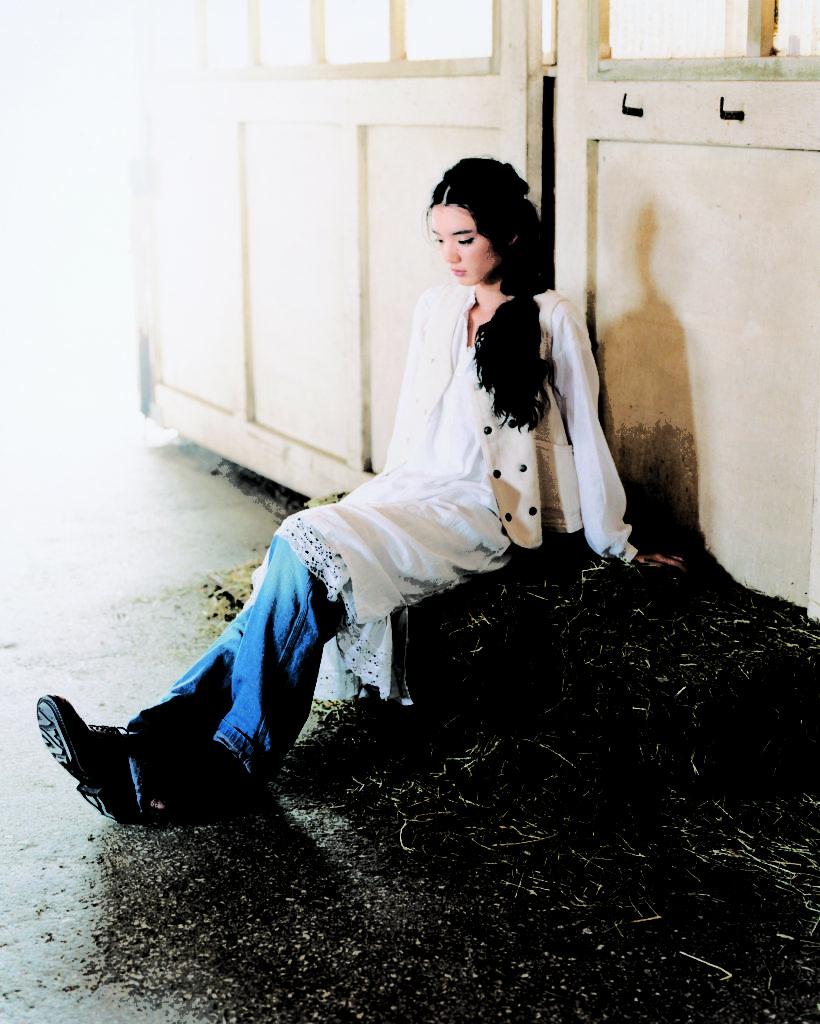 2009 DMG ドミンゴ AW 女性モデル 日本人